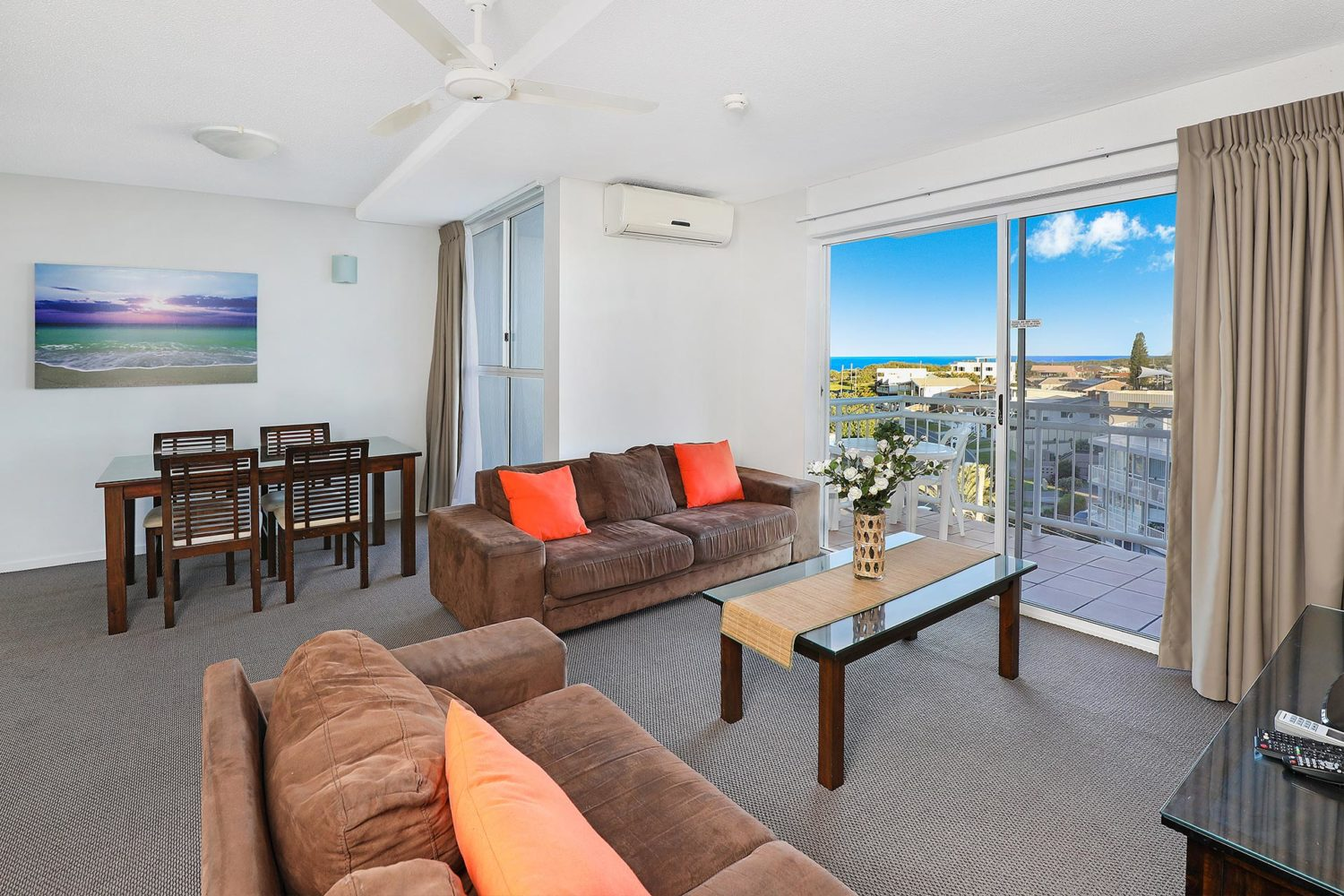 1920-1-2-bedroom-accommodation-buddina-kawana2
