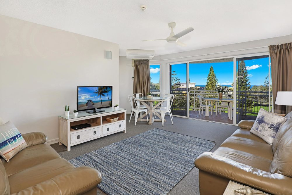 1920-1-2-bedroom-accommodation-buddina-kawana3