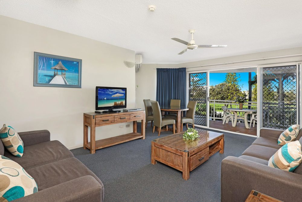 1920-1-2-bedroom-accommodation-buddina-kawana5