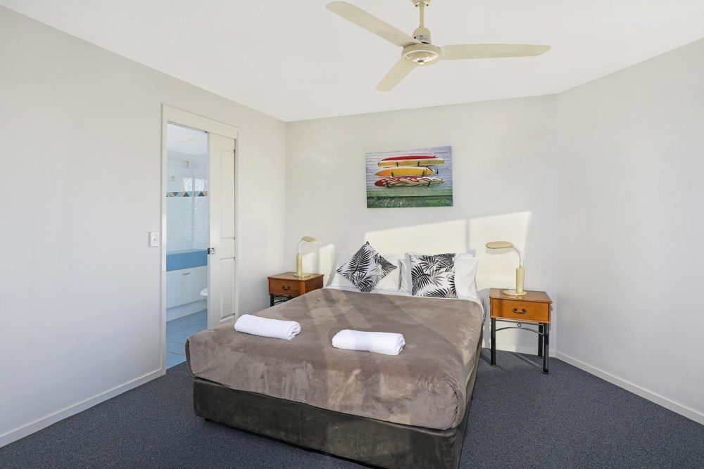 1920-3-bedroom-accommodation-buddina-kawana2