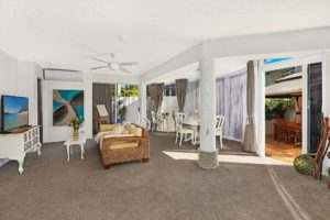 1920-3-bedroom-courtyard-accommodation-buddina-kawana2